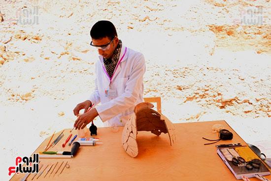 مقتنيات-وكنوز-إكتشفها-العالم-الشهير-زاهي-حواس-للبعثة-المصرية-بوادي-الملوك-ووادي-القرود-(11)