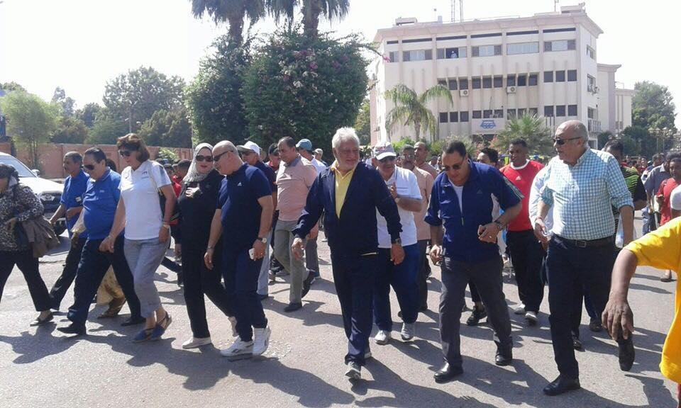 فعاليات المسيرة للمشي بشوارع محافظة الاقصر (6)