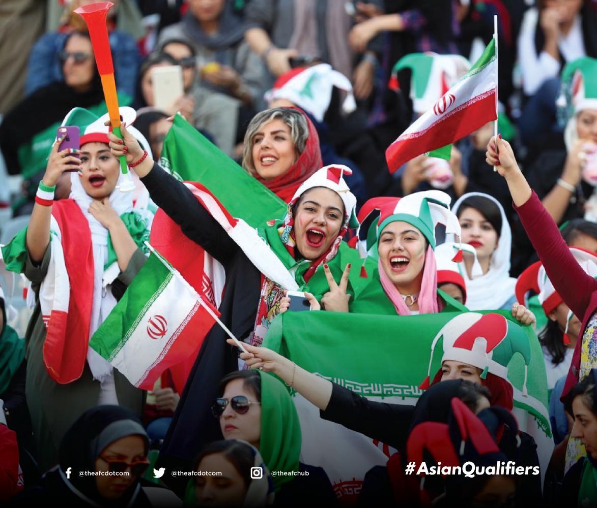 الإيرانيات فى ملاعب الكرة