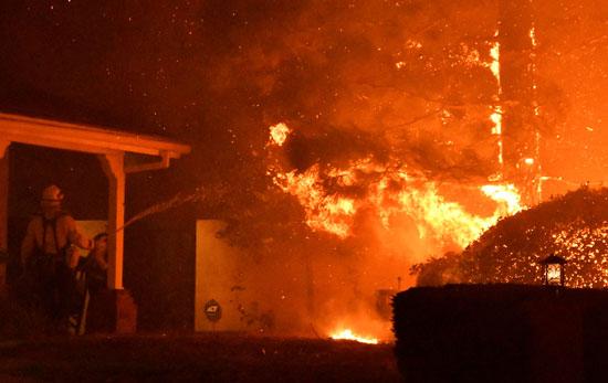 النيران فى كاليفورنيا