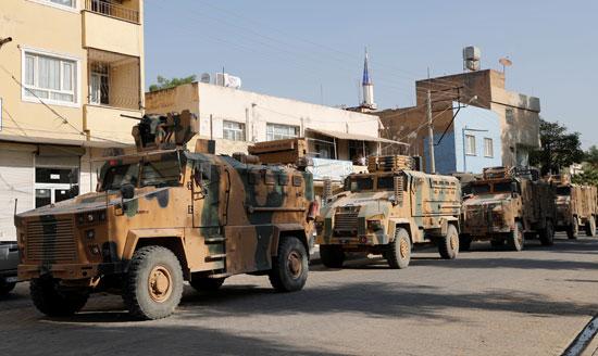 آليات الجيش التركى