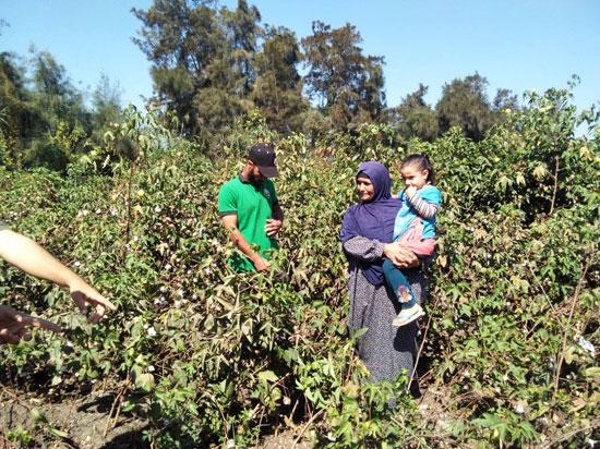 حكاية شفاء مزارعة بكفر الشيخ من فيروس سى (7)