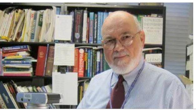 الدكتور فيليب تيرنو هو عالم أحياء دقيقة يحظى باحترام كبير في نيويورك