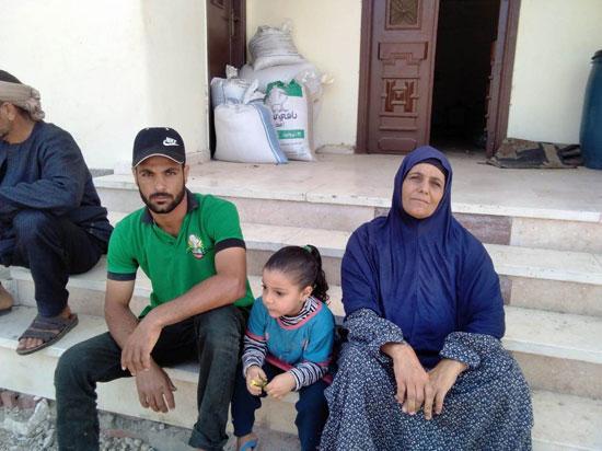 حكاية شفاء مزارعة بكفر الشيخ من فيروس سى (9)
