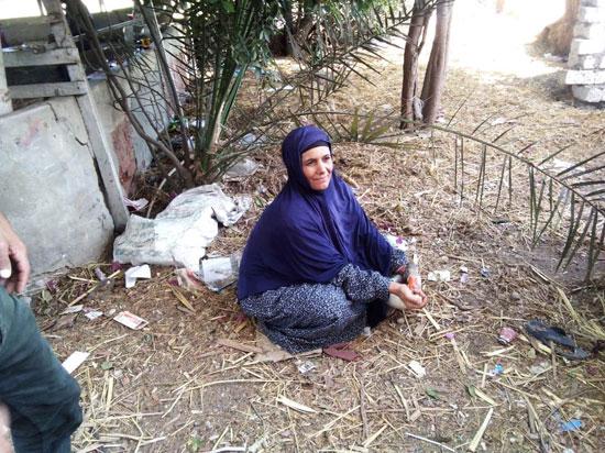 حكاية شفاء مزارعة بكفر الشيخ من فيروس سى (5)