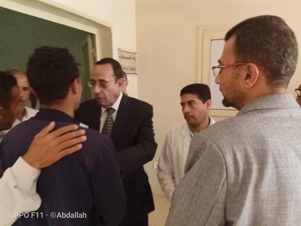 محافظ شمال سيناء يزور مصابى مدينة بئر العبد  (3)