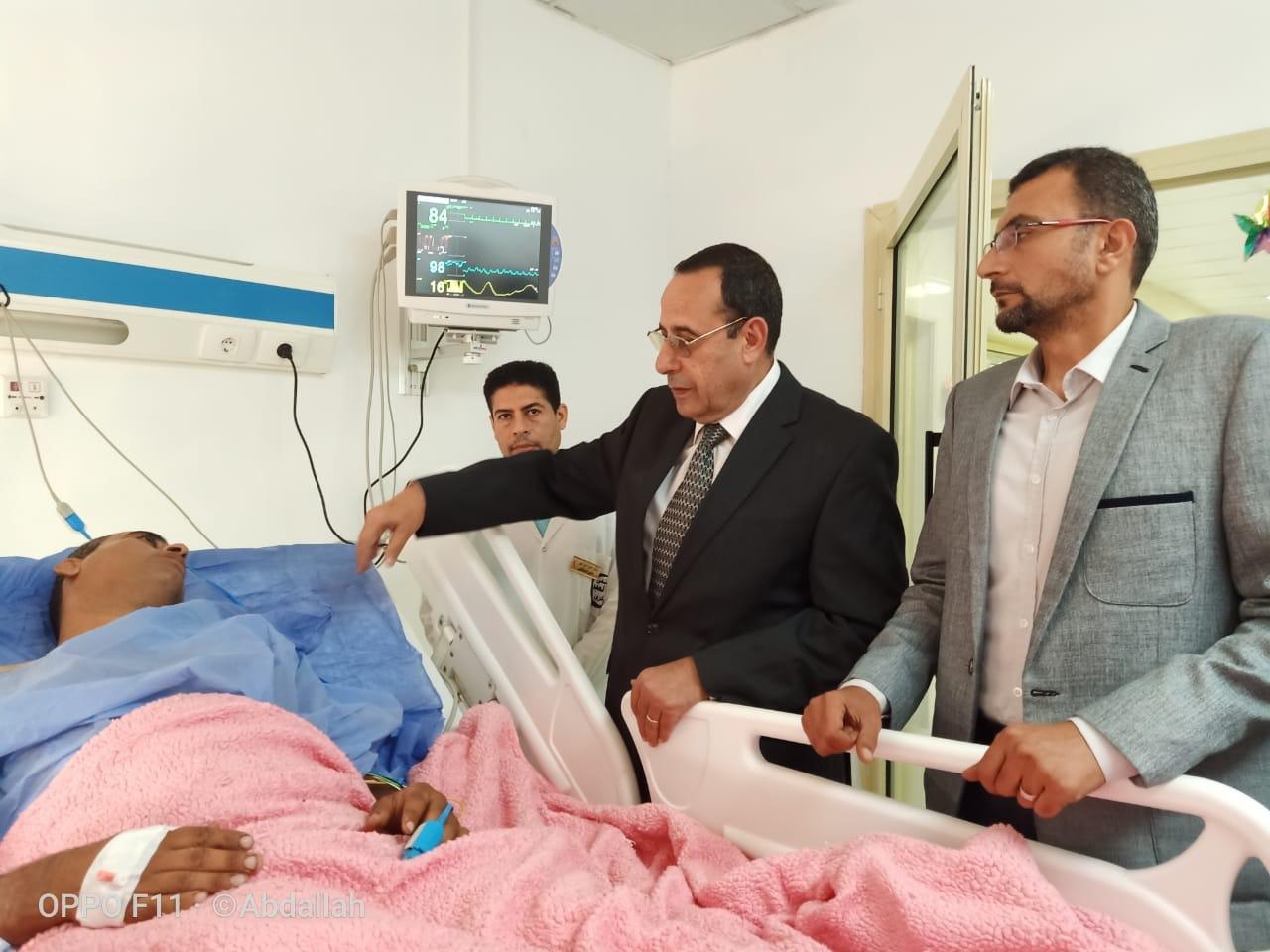 محافظ شمال سيناء يزور مصابى مدينة بئر العبد  (5)