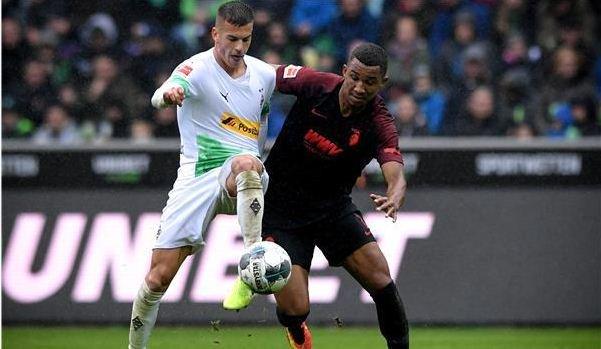 مباراة سابقة لفريق مونشنجلادباخ