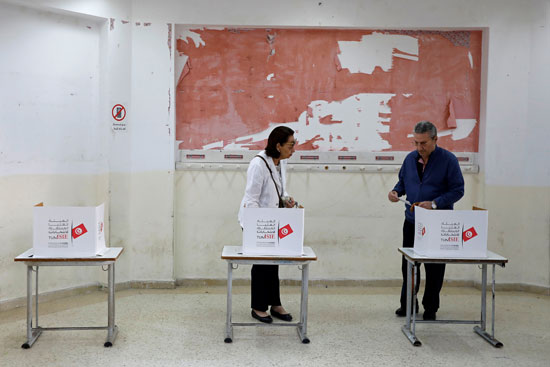 جانب-من-التصويت-فى-الانتخابات-التونسية
