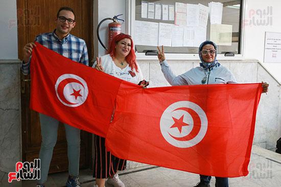 علم تونس داخل السفارة التونسية بالقاهرة