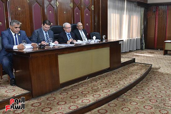 لجنة الخطة والموازنة بالبرلمان (4)
