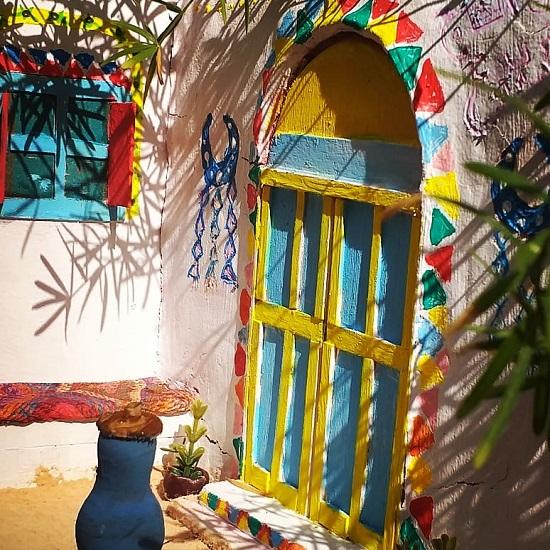 منزل نوبي بألوان مبهجة