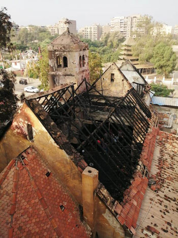أثار-حريق-الكنيسة