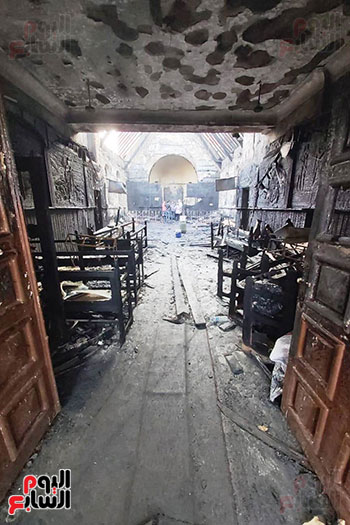 اثار-حريق-الكنيسة