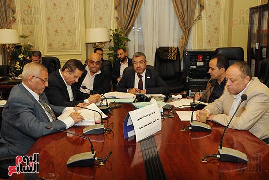 لجنة الاسكان (2)