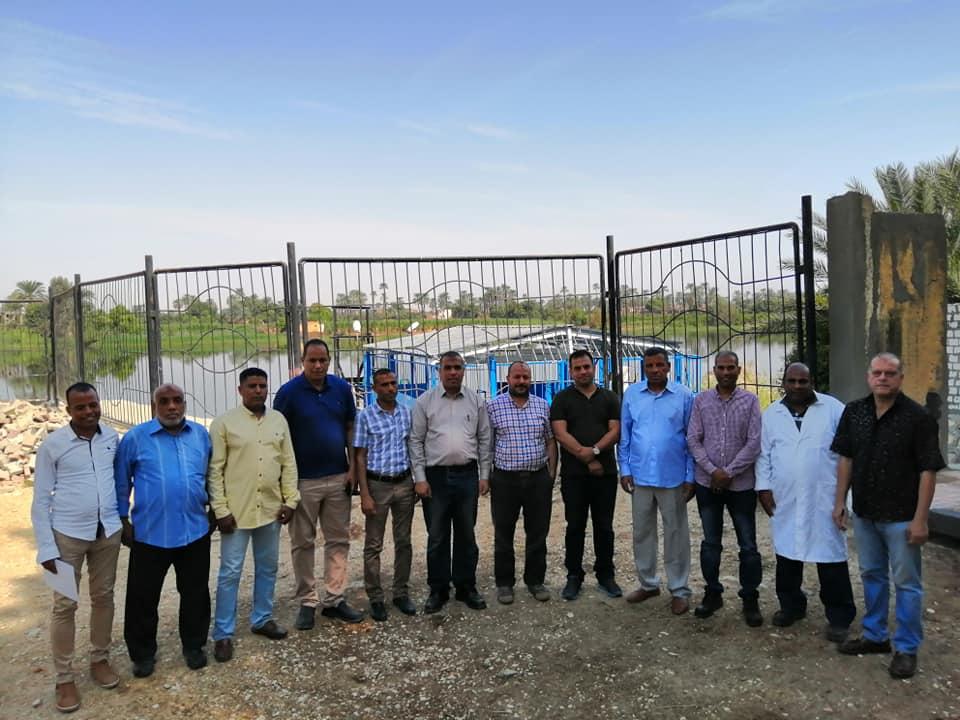 لجنة من الهيئة القومية وشركة مياة الشرب تتسلم أرض لإقامة محطة مياة الطود الجديدة (1)
