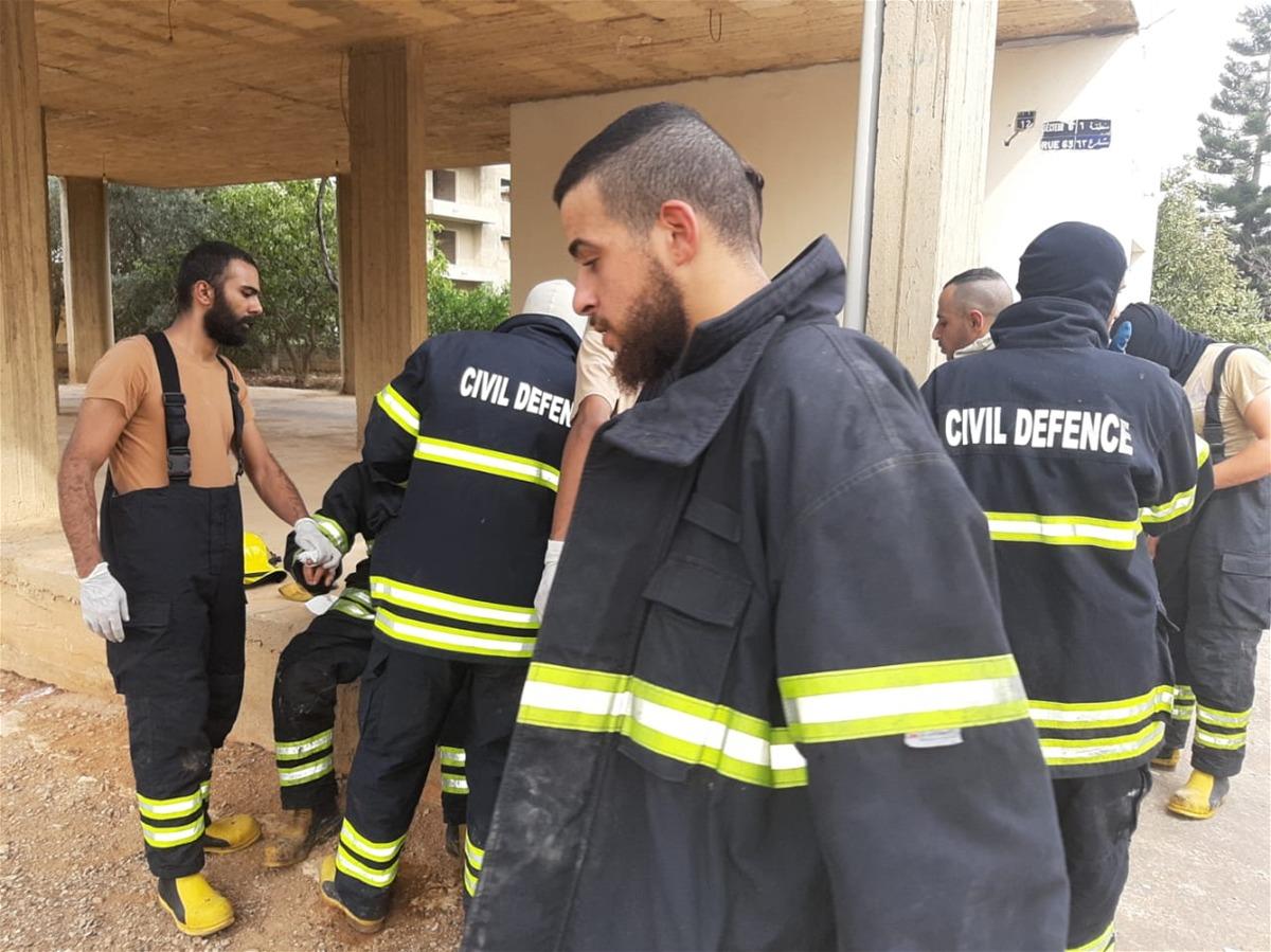 نتيجة بحث الصور عن الدفاع المدني الفلسطيني يشارك بإطفاء حرائق لبنان
