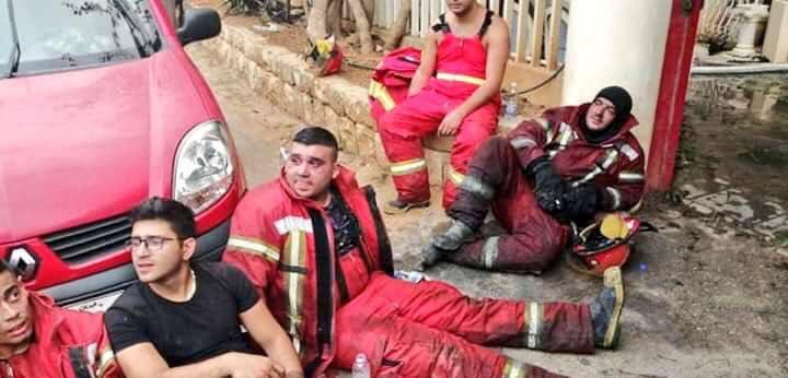 8- رجال الاطفاء