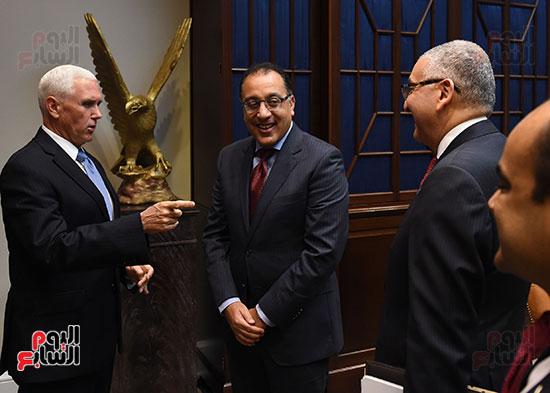 مصطفى مدبولى رئيس الوزراء مع مايك بنس نائب الرئيس الأمريكى (3)
