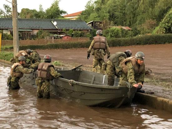 جيش اليابان ينتشر للمساعدة
