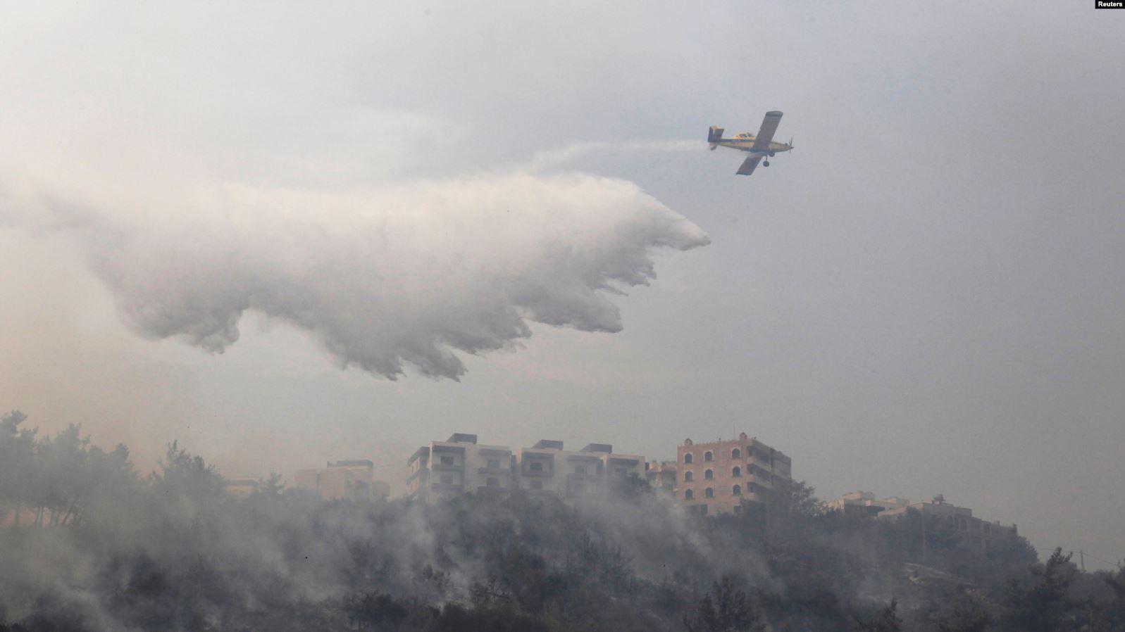 طائرات أردنية تشارك فى إطفاء حرائق لبنان
