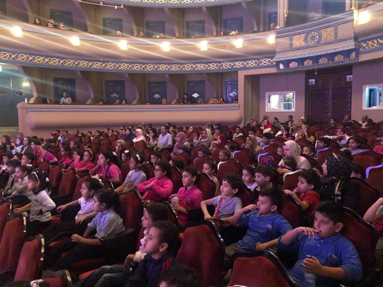 تقديم أشهر أغانى الأطفال على مسرح دار أوبرا دمنهور (1)