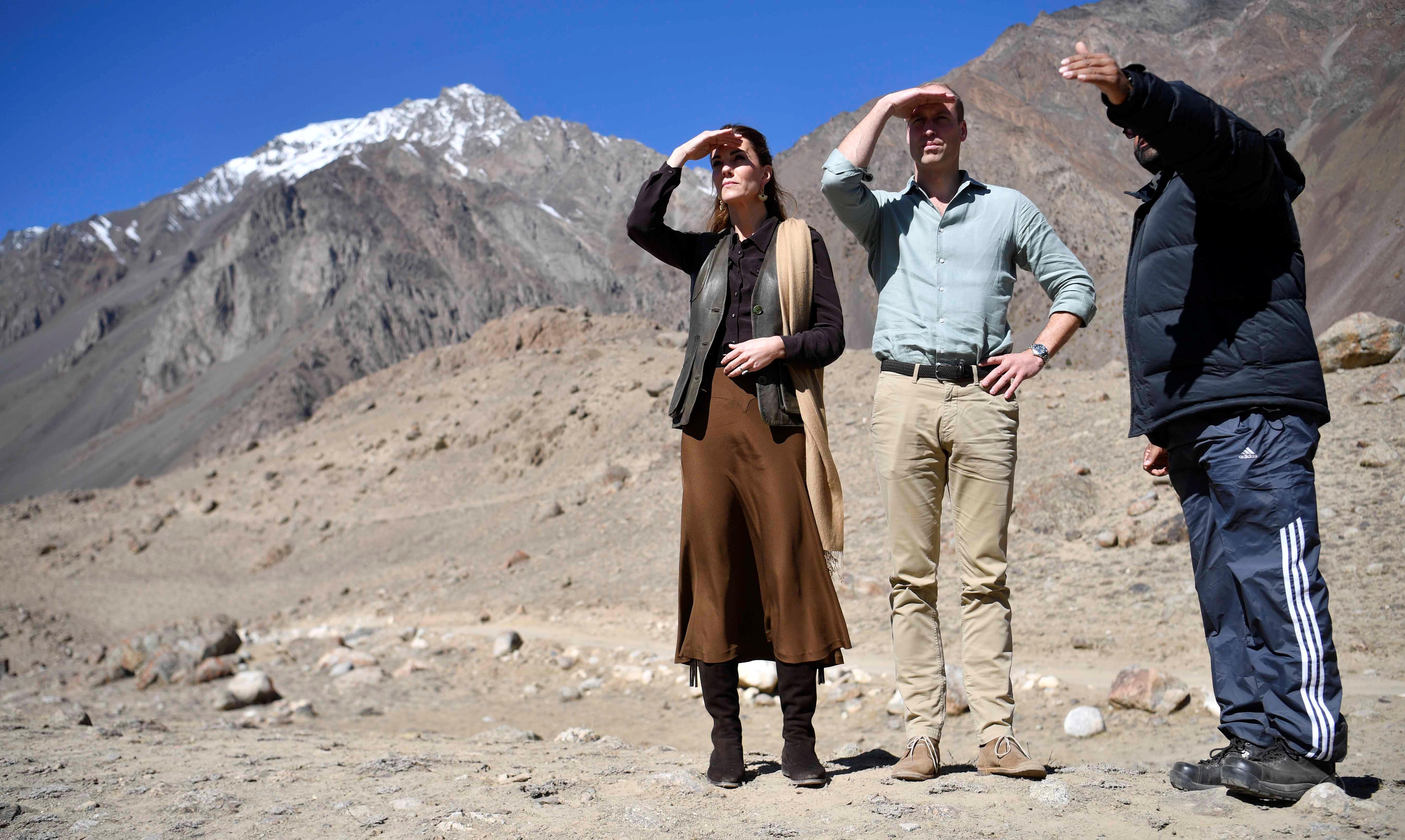 الأمير ويليام و زوجته كيت بجبال هندو كوش بباكستان