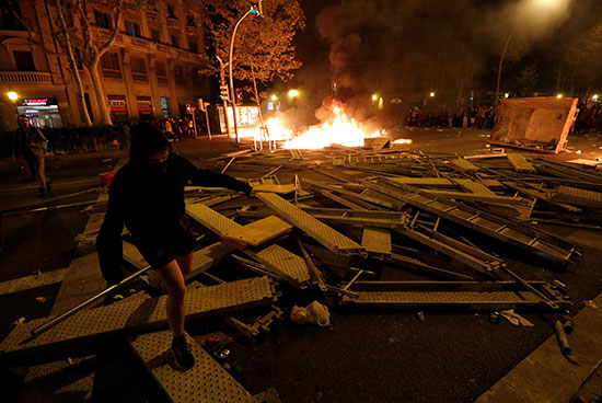 العنف فى كتالونيا