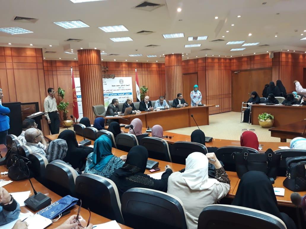 ورشة عمل للتوعية بحساب تطبيق الحد الأدنى للأجور فى بورسعيد (4)