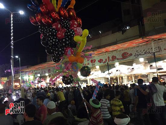 التوافد-على-شوارع-طنطا-للاحتفال-بمولد-السيد-البدوى-(6)
