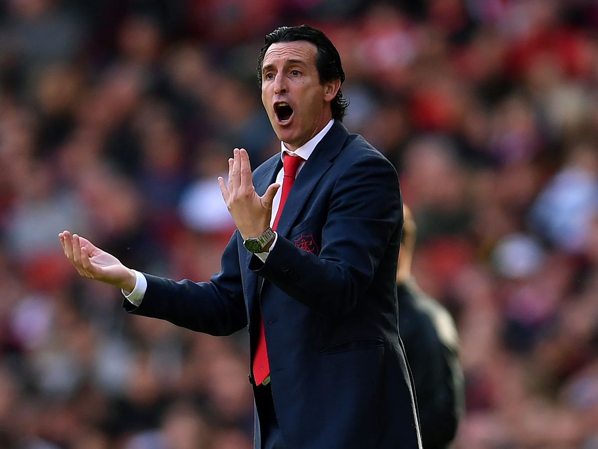 Arsenal coach opens door for Ozil