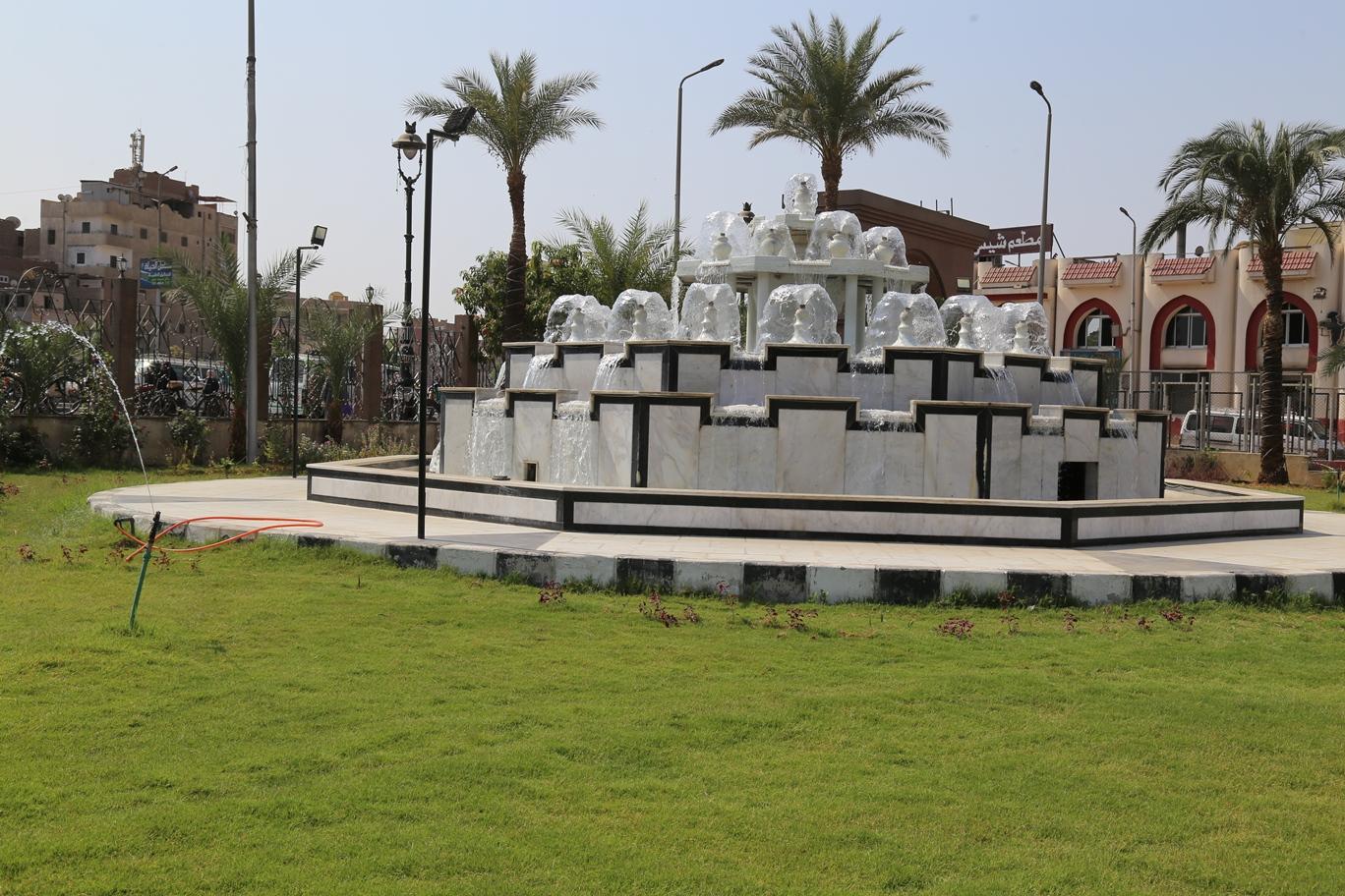 3 محافظ قنا يتفقد تطوير مسجد القنائى