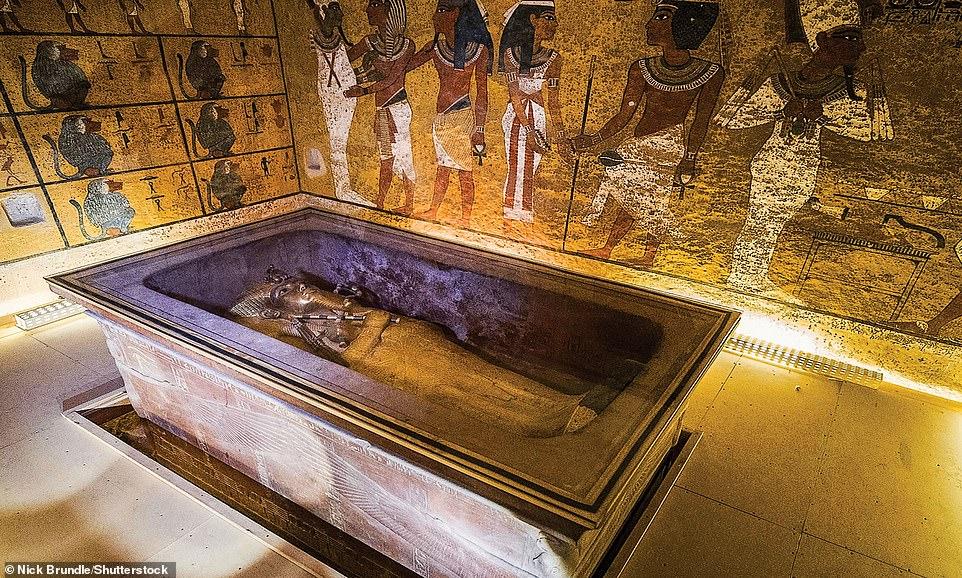 مقبرة توت عنخ امون