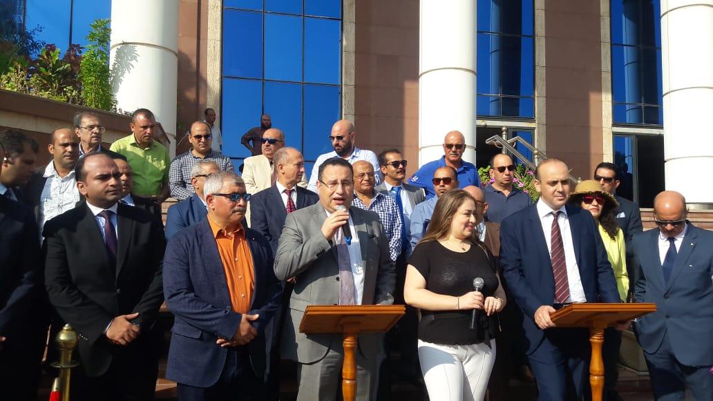 محافظ الإسكندرية خلال المؤتمر (2)