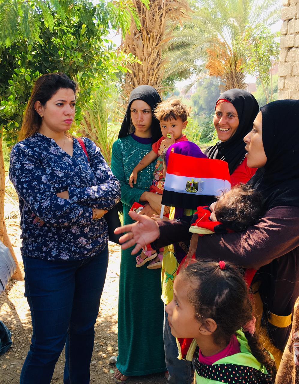 حملة المجلس القومى للمرأة لتوعية السيدات (6)