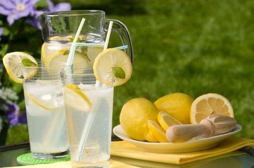 عصير-الليمونادة
