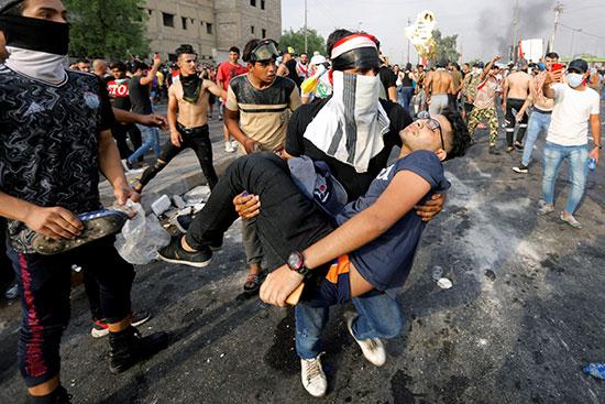 محتجون فى بغداد