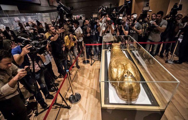 استعادة مصر  التابوت الذهبى من نيويورك