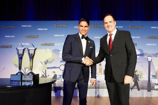 مؤسسة ستيفى العالمية تمنح رجل الأعمال أحمد أبو هشيمة 3 جوائز