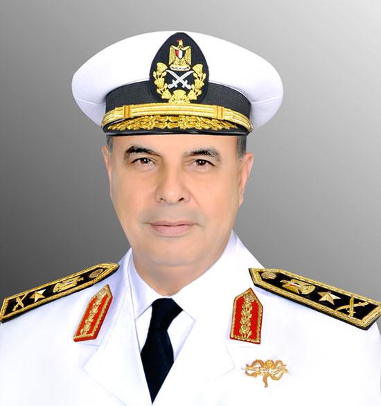 صوره-السيد-فريق-أحمد-خالد-حسن-سعيد-قائد-القوات-البحرية