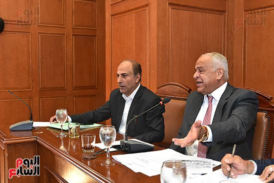 لجنة الصناعة بمجلس النواب (7)