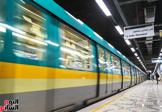 محطة مترو هليوبوليس (4)