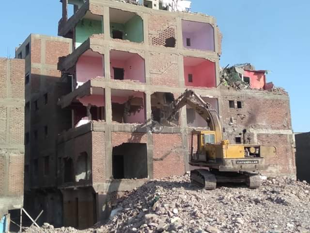 إخلاء 34 عقار ومحل بعزبة المدابغ بالقاهرة  (5)