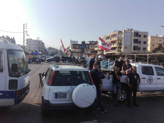 محتجون-قطعوا-طريق-ضهر-العين-بسياراتهم