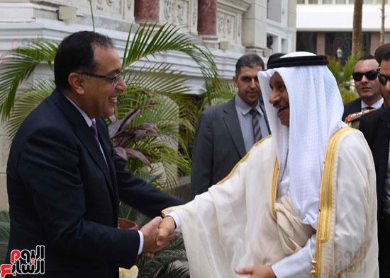 رئيس وزراء الكويت يصل مجلس الوزراء