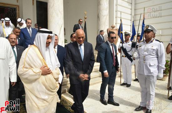 رئيس البرلمان يستقبل رئيس وزراء الكويت