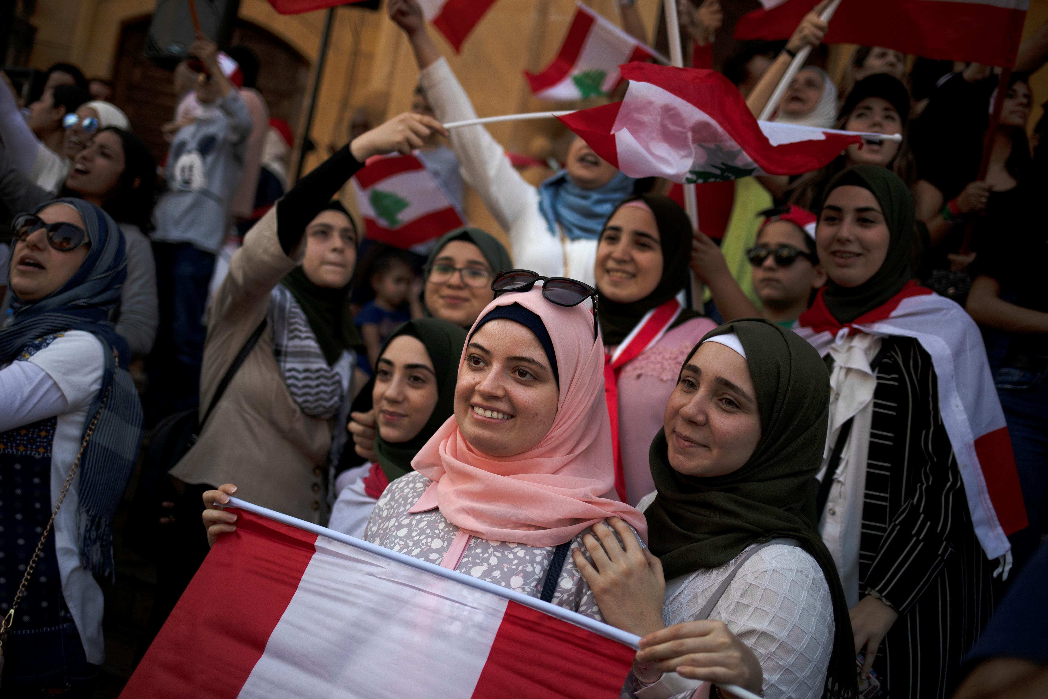 مظاهرة فى وسط بيروت