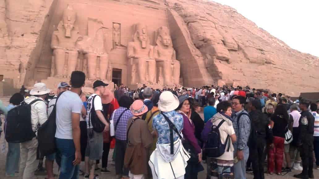 زوار معبد ابوسمبل