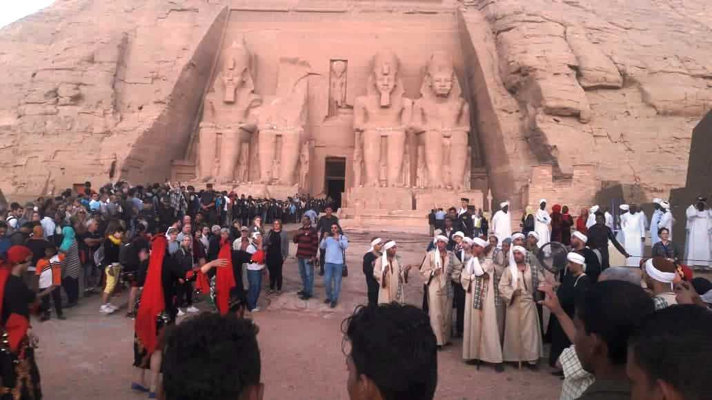 ساحة المعبد خلال الاحتفالات