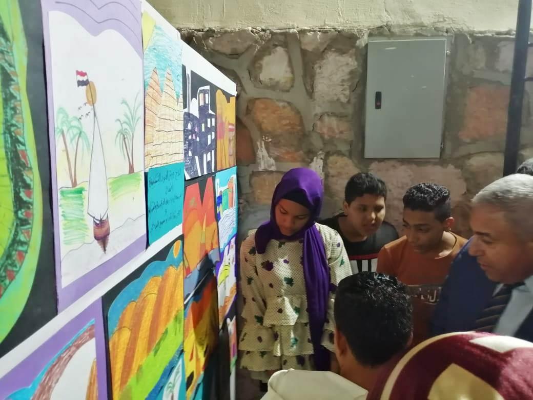 معرض القافلة الثقافية وعرض الصوت والضوء والحفل الفنى بمنطقة السوق (3)